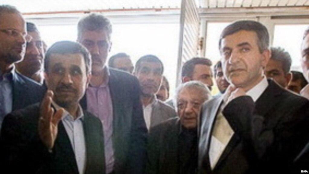 دو روایت متفاوت از حضور عزتالله انتظامی در وزارت کشور