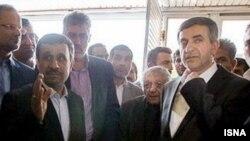 محمود احمدی نژاد، عزت الله انتظامی و اسفندیار رحیم مشایی در وزارت کشور