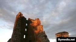 Наваградак замак