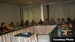 илустрација: семинар за справување со семејното насилство во Скопје
