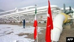 تصویری از خط لوله انتقال گاز ایران به ترکیه در مرز دو کشور