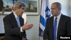 АКШ мамкатчысы Жон Керри менен Израил премьер-министри Биньямин Нетаньяху. Берлин, 22-октябрь, 2015.