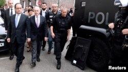 رئیس جمهور فرانسه با وزیر داخله آنکشور
