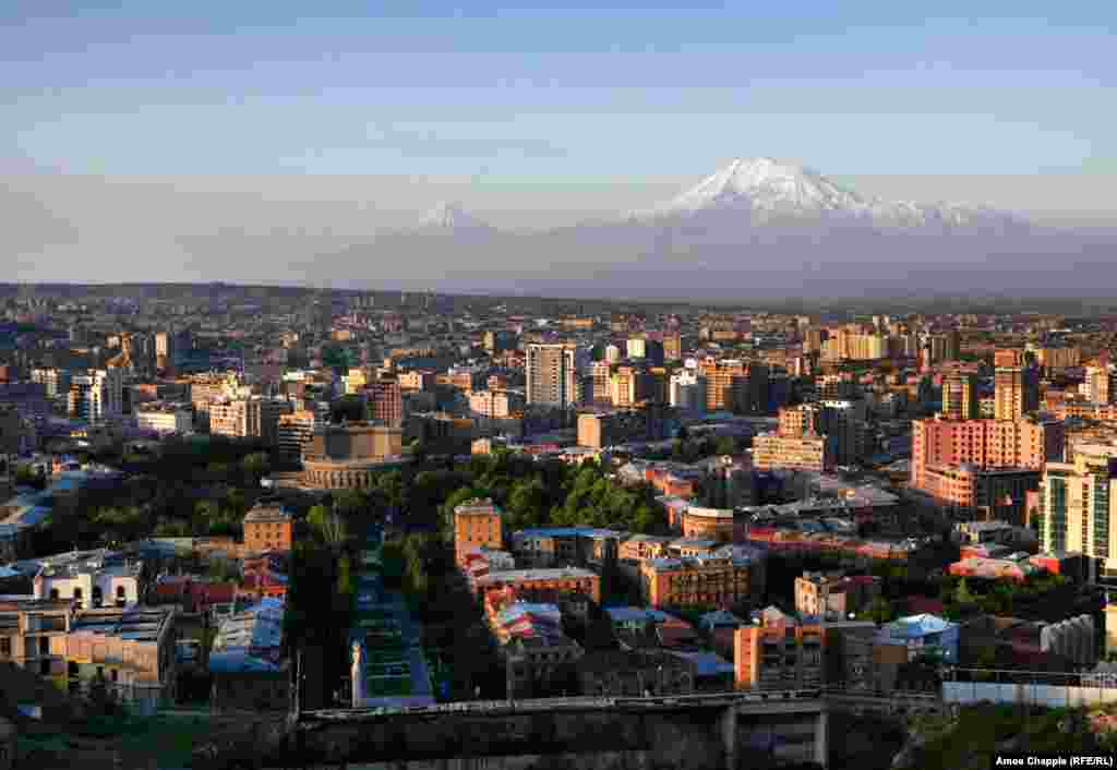 Sunrise over Yerevan on the morning of May 3, one day after thousands of people heeded Pashinian's call for a general strike and civil disobedience, paralyzing life in the capital.