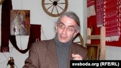 Генадзь Лапацін