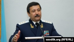 Former Prosecutor-General Rashidjon Qodirov (file photo)