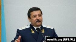 В Узбекистане Ходиева считают «преступным пособником» экс-генпрокурора Рашида Кадарова.