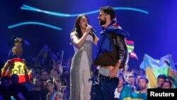 Інцидент на фінальному концерті музичного конкурсу «Євробачення-2017» у Києві стався під час виступу переможниці попереднього такого конкурсу, співачки Джамали