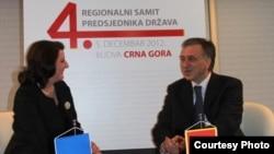 Atifete Jahjaga i Filip Vujanović na susretu u Budvi, 5. decembar 2012.