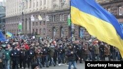 Протестувальники в центрі Києва, 1 грудня 2013 року