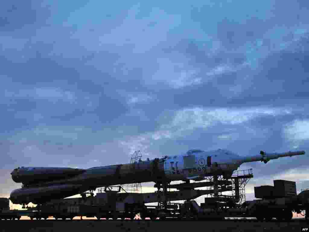 Казахстан, Байканур: напярэдадні запуску расейскай ракеты Саюз ТМА-18.
