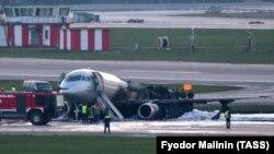 Через аварію літака загинула 41 людина зі 78, що були на борту