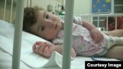 Шестимесячный Никита из артемовского дома ребенка в больнице