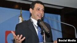 نیظار زاکه یک متخصص لبنانی تکنالوژی معلوماتی
