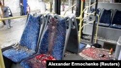 Обстрел остановки в Донецке. 8 человек погибли. 22 января 2015