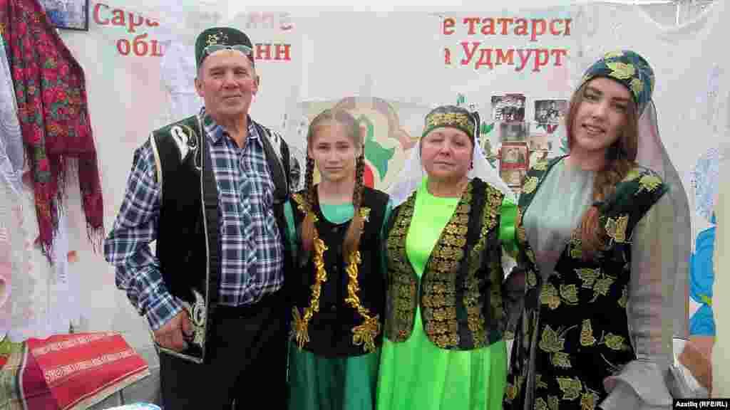 Сарапул районыннан Шакировлар гаиләсе