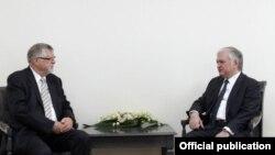 Министр иностранных и специальный представитель ЕС по вопросам Южного Кавказа и кризиса в Грузии Герберт Зальбер, Ереван, 26 апреля 2017 г.