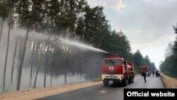 За даними МВС, до ліквідації пожеж залучено понад 1200 працівників підрозділів міністерства