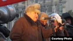 """Марина Салье, 4 февраля 2012 года (митинг """"За честные выборы"""" в Петербурге)"""