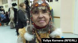 Жительница Иванкина в национальном костюме