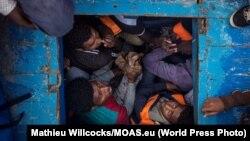 Migranti u jednom od krijumčarskih brodova, ilustrativna fotografija