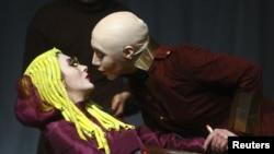 """Iz predstave """"Hedda Gabler"""" u Tehranu, 5. siječanj 2010"""