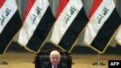 النائب فؤاد معصوم يرأس جلسة مجلس النواب العراقي في 14 حزيران 2010