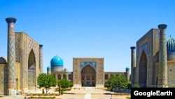"""Самарканд шаары. """"Шарк тароналари"""" фестивалы ушул калаадагы """"Регистан"""" аянтында өтөт."""