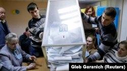 Празрыстая скрыня на выбарах ва Ўкраіне