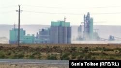 «Каспий цемент» зауыты. Шетпе ауылы, Маңғыстау облысы. 11 тамыз 2014 жыл.