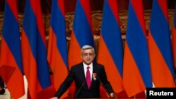 Armenia -- President Serzh Sarkisian takes oath during his inauguration ceremony at Karen Demirchyan Sports and Concert Complex in Yerevan, 09Apr2013