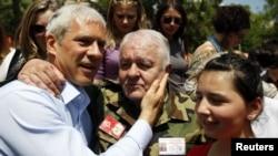 Boris Tadić sa pristalicama, Prokuplje, 10. maj 2012.