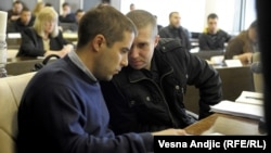 Pripadnici pokreta '1389' i 'Naši', Ustavni sud, 17. april 2012.