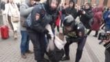 Петербург, пикеты, конституция