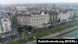 Будинок, де розташована квартира, в якій живе Коломойський у Женеві