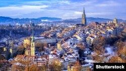 Панорамный вид Берна, столицы Швейцарии.