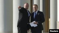 Провожая Дональда Туска, президент Грузии Георгий Маргвелашвили отметил, что любая искусственно выстроенная стена рано или поздно рушится, о чем свидетельствует история Европы