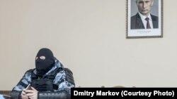 Знаменитая фотография Дмитрия Маркова.