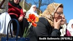 Prizor sa komemorativnog skupa u Srebrenici, 12. april 2016.