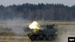 Ілюстрацыйнае фота. Украінская армія праводзіць вайсковыя вучэньні ў Дзясьне Чарнігаўскай вобласьці