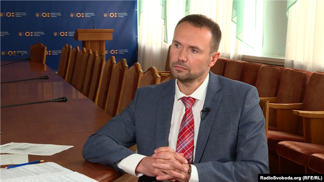 Сергій Шкарлет, за словами представника коледжу, підписав розпорядження про приєднання його до університету на другий день роботи на посаді очільника МОН