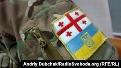 Шеврон бійця батальйону «Донбас» у нинішній війні України з Росією
