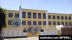 Türkmenbatdaky 5-nji mekdep-internat