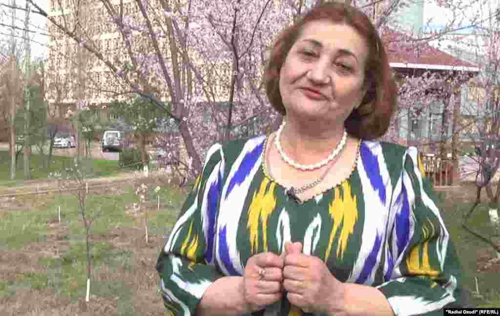 Поэтесса Шахрия Ахтамзод