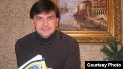 Профессор политологии Университета Джорджа Мэйсона Эрик Ширяев.