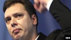 Aleksandar Vučić na mitingu podrške Radovanu Karadžiću