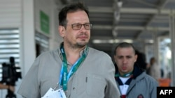 Journalist Hajo Seppelt will be able to attend the World Cup in Russia next month, but it is unclear if he will be able to report freely.