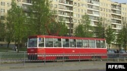 Віцебскі трамвай узорнай расфарбоўкі
