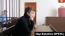 Andrei Popov appears in the courtroom in Saratov on March 13.