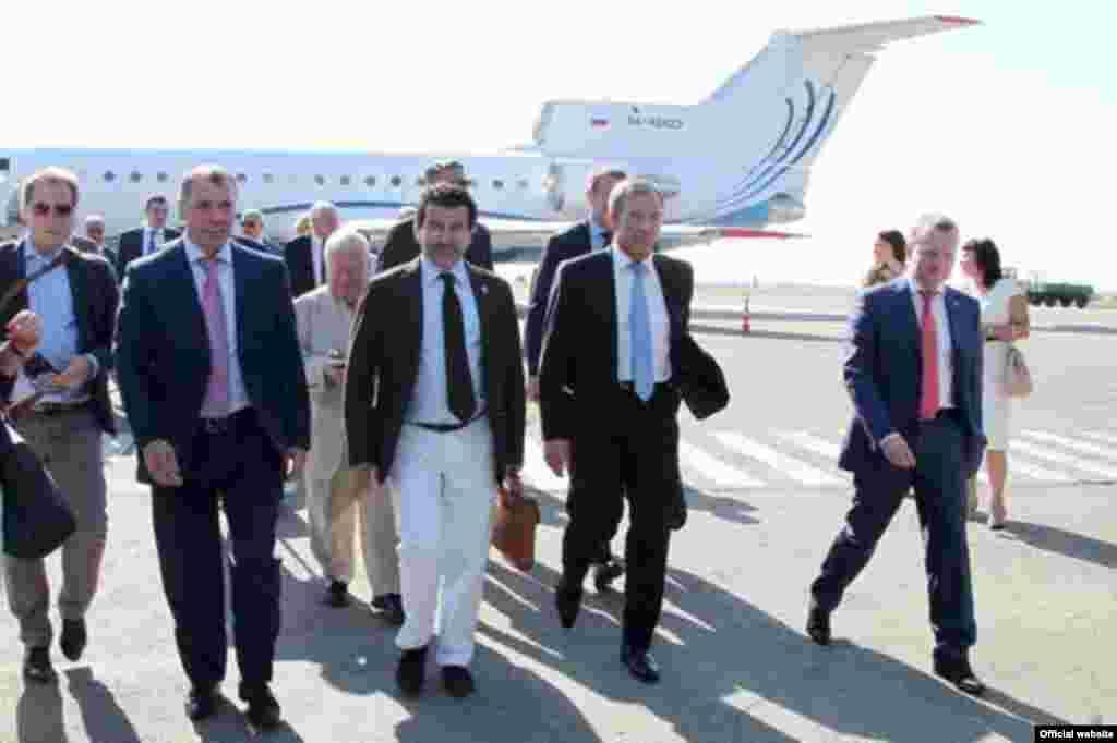 Прибуття до аеропорту Сімферополя